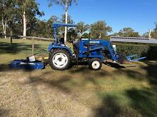 Tractor and Slasher for sale (Located in Carbrook) Carbrook Logan Area Preview