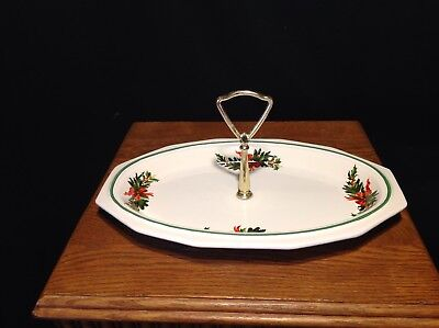 "Pfaltzgraff ""Christmas Heritage"" Oval Server with Handle"