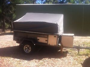 Camper trailer of road 4x4 Banksia Grove Wanneroo Area Preview