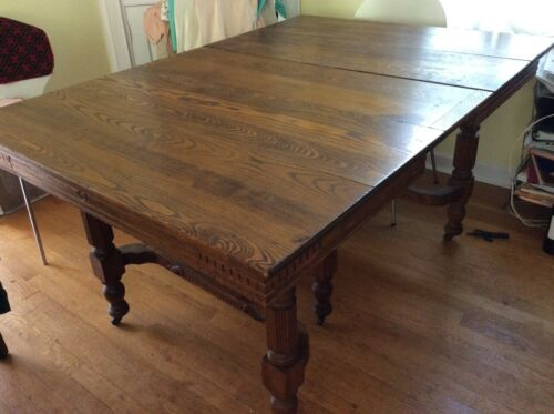 "American Antique Oak 5 Leg Dining Table ""Robbins Table Co, Owosso, Michigan w/3"