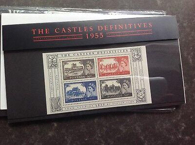 2005   Definitive Pack 69 ---------Castle defintives min sheet