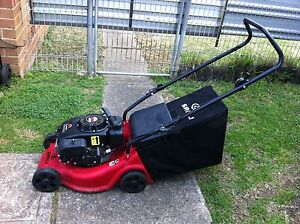 Sanli OHV 350  4 stroke very clean lawn mower Miller Liverpool Area Preview