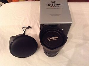 Canon EF 16-35mm f/4L IS USM wide angle zoom
