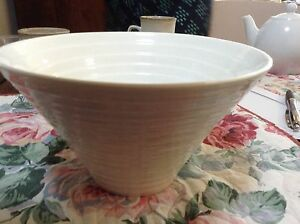 White conical serving bowl. Maxwell and Williams white basics St Lucia Brisbane South West Preview