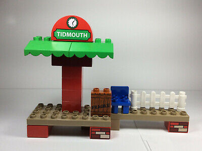 LEGO Duplo Thomas The Train & Friends Tidmouth Station/chair/fence set/lot rare