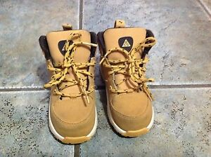 Nike Boy Winter Sneakers