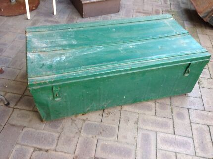 Huge vintage green metal trunk with twin handles  Eden Hill Bassendean Area Preview