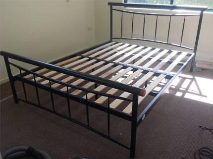 Queen bed in good condition Wurtulla Maroochydore Area Preview