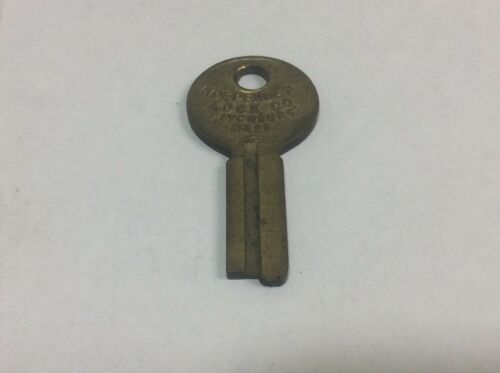 Independent lock co brand key blank; luggage; presto, # 1128, locksmith, vintage