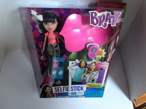 Bratz Selfie Stick Jade