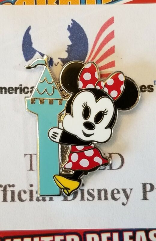"""Disney Trading Pin 2020 """"Park Pals Mystery Box"""" MINNIE MOUSE NEW on Card"""
