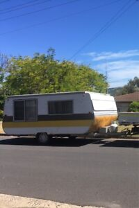 Viscount Grand Tourer Pop Top Caravan (12 months Rego!)