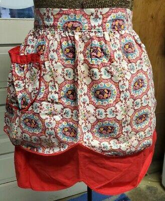 Vintage Aprons, Retro Aprons, Old Fashioned Aprons & Patterns Vintage Reversible Half Apron with Pocket $5.99 AT vintagedancer.com
