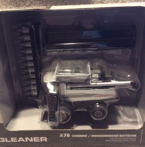 Gleaner A76 Combine With Both Heads 45 Years In 1/64scale.
