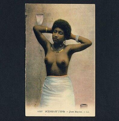 ALGERIA TOPLESS YOUNG WOMAN JUNGE EINHEIMISCHE VINTAGE 1905S ETHNIC NUDE PC