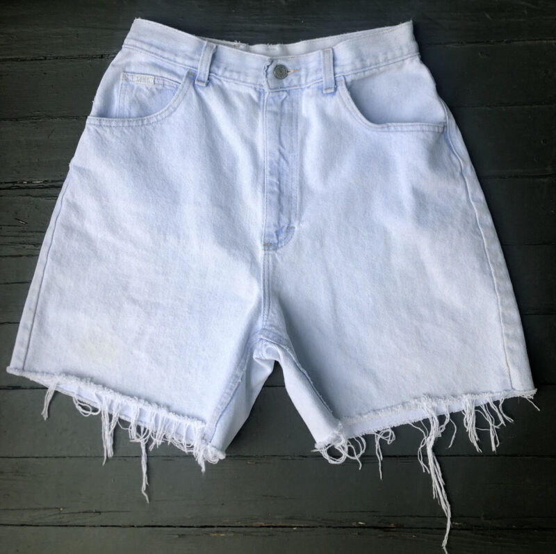 "Vintage 80s 90s Lee Jeans High Waisted Light Wash Denim Cutoff Shorts 26"" Waist"