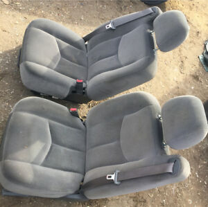 1999-2007 Gmc Chevy cloth bucket seats