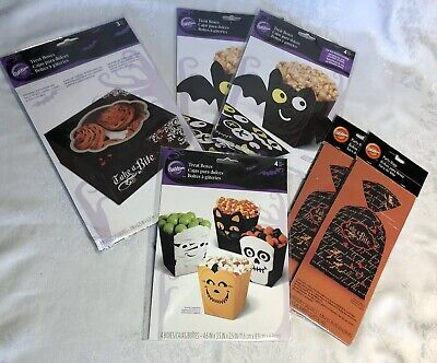 A Halloween Treat (Lot of 6 WILTON Halloween Treat Boxes Party Bags Take a Bite Bats)