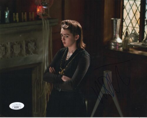 Maisie Williams Doctor Who Autographed Signed 8x10 Photo JSA COA #11