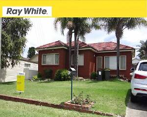 3 BEDROOM BARRACK HEIGHTS HOME Barrack Heights Shellharbour Area Preview