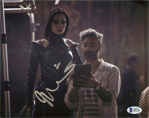 Taika Waititi Signed Thor Ragnarok Director 8x10 Photo EXACT Proof BAS
