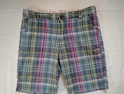 - Arizona Jeans Co womens shorts Size 10 1/2 Plaid Pockets Walking city Zip fly