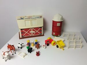 Fisher Price vintage Little People barn with brown base RARE