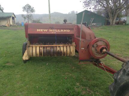 New Holland 69 Hay baler
