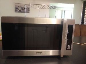 Omega OM250GXA conventional microwave oven and grill Narangba Caboolture Area Preview