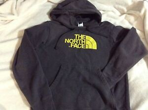 North Face sweater, hoodie, great for spring