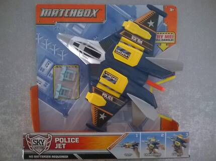 """Matchbox Police Jet """"Fly-Transform-Launch"""" Brand New Sealed"""