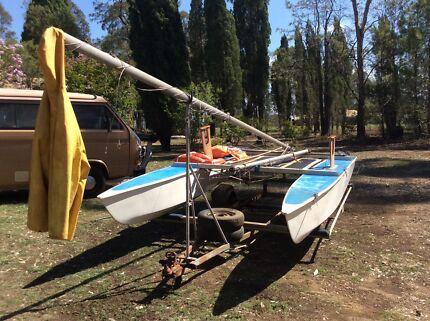 14 ft Twin hull Paper Tiger Catamaran Cat and Trailer
