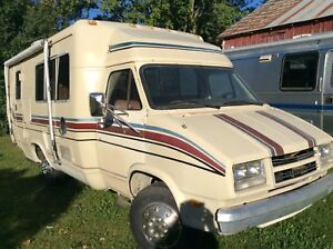 1983 Winnebago 23' Warrior