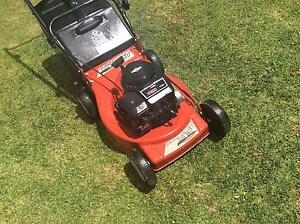 Late model rover 460 lawn mower VGC 4hp 4 stroke 4 blades Boronia Knox Area Preview