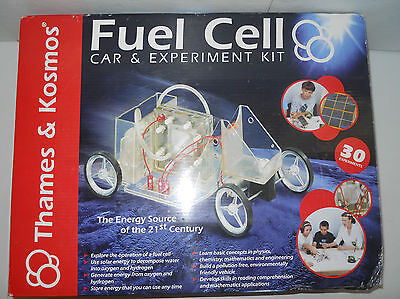 Thames And Kosmos Fuel Cell Car   Experiment Kit 30 Experiments Solar Energy