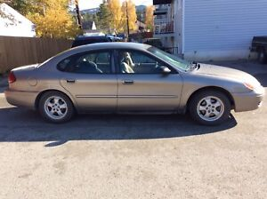 Ford Taurus SE  2005 Automatic