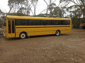 1987 Hino bus Mid Murray Preview