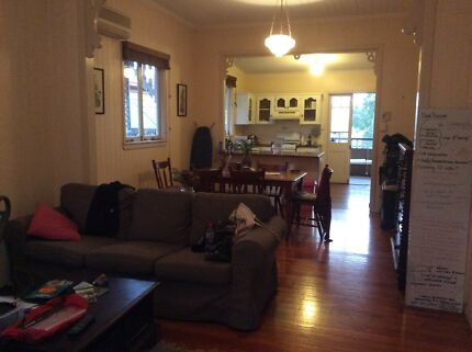 1x Nice room in Norman Park - Close to transport and shops