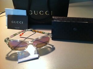3474f3b4031d2 Authentic Gucci Women s Sunglasses (Crystal Flora) Case Cloth Bag. Latest  stock brand new ...