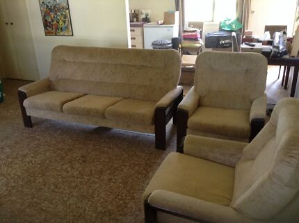 3 Seater and 2 X 2 seater lounge Gympie Gympie Area Preview