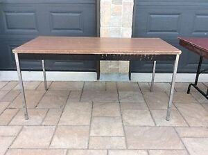 Table Very Good for Party or Garage Sale