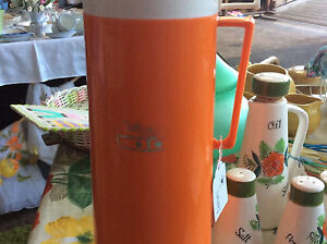 Retro vintage hot and cold thermos Reynella Morphett Vale Area Preview
