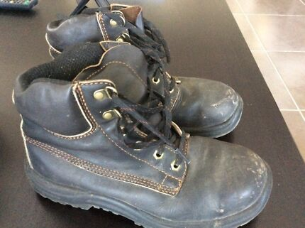 Blundstone Steel Capped Safety Boots Size 6 Mens