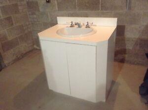 Vanité de salle de bain complète