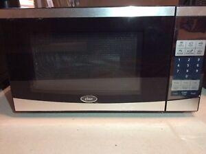 Microwave Oven 700 Watt