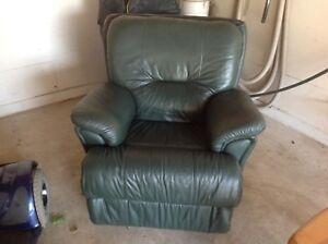 Leather chair - dark green