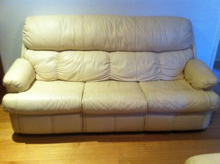 2 and 3 seater cream leather lounge Kingsley Joondalup Area Preview