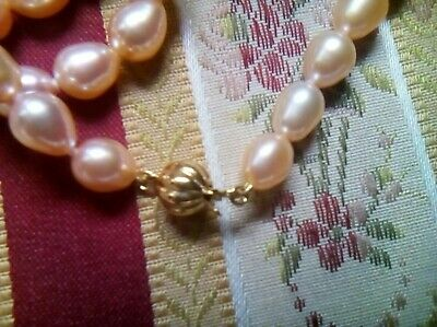 - 9ct Gold Ball Pearl Necklace Clasp 50 Peach/Pink 10mm Pearls Free With Clasp