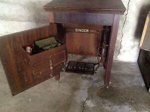 Singer sewing machine in treadle cabinet Paddington Brisbane North West Preview