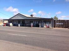 Port Clinton General Store and Bottle Shop Clinton Yorke Peninsula Preview